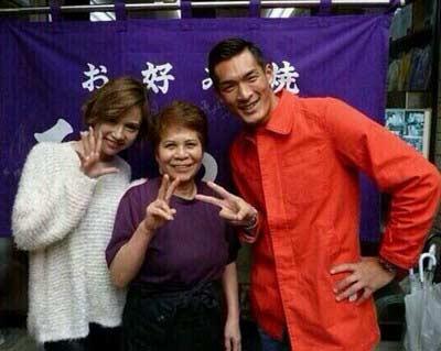 水沢アリーさんと槙野智章さんのツーショット写真