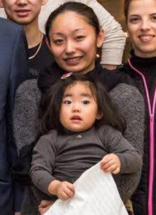 安藤美姫と娘のひまわりちゃん?