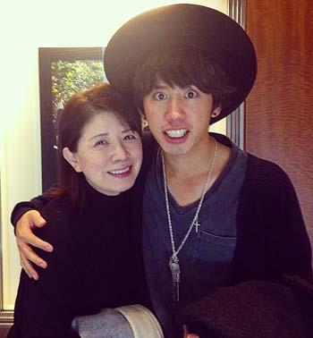 森昌子とワンオクのTakaさんのツーショット写真