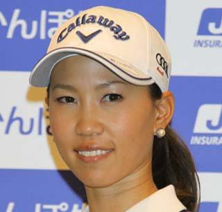 女子プロゴルファー上田桃子