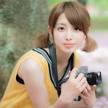 ツインテール協会の写真集に出演した宮司アナの写真