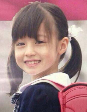 【モデル】「世界一美しい少女」6歳のモデルが話題に お人形のような完璧な顔立ちと宝石のようなキラキラの瞳 兄もイケメン YouTube動画>8本 ->画像>218枚