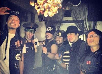 TOKIOの長瀬智也が参加しているバンド「THE SISSY BARS」のメンバープライベート写真2
