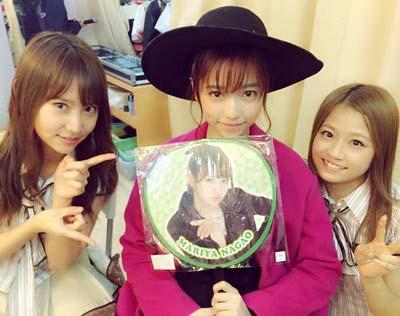 AKB48の9期メンバー・永尾まりや、島田晴香、島崎遥香のスリーショット2枚目