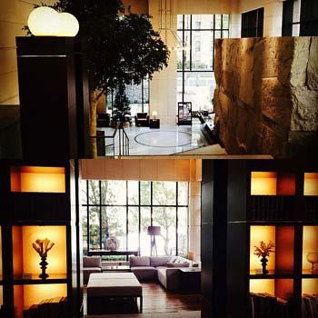 押尾学の自宅マンションロビーと待合室