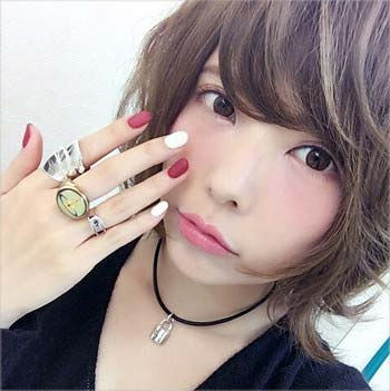 益若つばさがセカオワの(Fukase)とお揃いの指輪