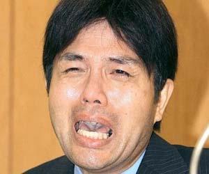 号泣県議・野々村竜太郎被告
