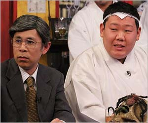 『めちゃ×2イケてるッ!』出演のナインティナイン岡村隆史と三中元克