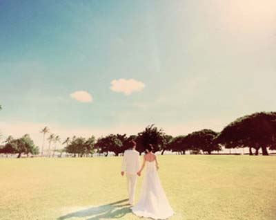 TBS佐藤渚アナとサッカー日本代表・浦和レッズの柏木陽介選手の結婚式?で撮影されたツーショット写真
