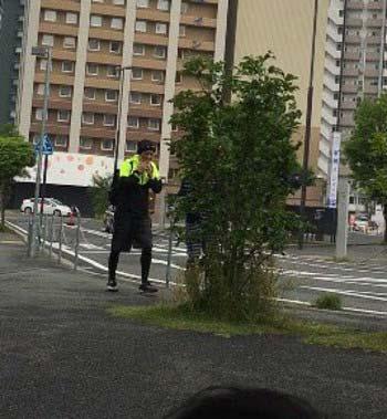スマップの中居正広?が熊本でタバコポイ捨て疑惑の写真
