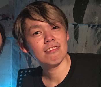IMALUの元カレでプロドラマーのよっち(本名=河村吉宏)