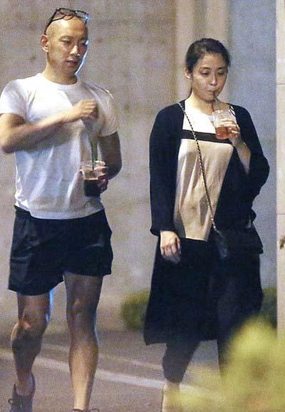 『フライデー』が撮影した市川海老蔵と小林麻央の隠し撮りツーショット写真