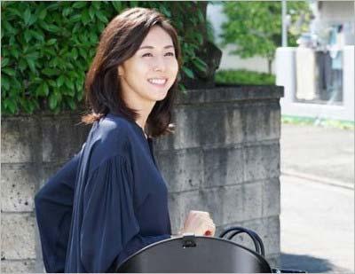 フジテレビドラマ『営業部長 吉良奈津子』で主人公を演じている松嶋菜々子