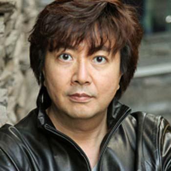 テレビ朝日の矢島悠子アナウンサーの夫で、『テレビ朝日映像株式会社』第1制作局 第1制作部 ゼネラルプロデューサーの岡崎利貞