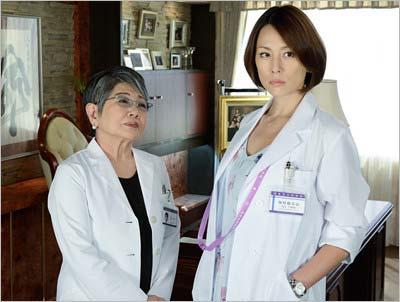 『ドクターX4』の泉ピン子と米倉涼子