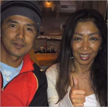 ラモス瑠偉の妻・初音と元サッカー選手の永井秀樹