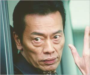 遠藤憲一が新作映画妖怪ウォッチで実写版じんめん犬役に挑戦