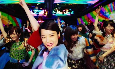 『ハイテンション』MVでアゲアゲなハイテンション姿を見せるぱるること島崎遥香