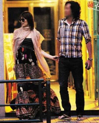 米倉涼子と元夫のツーショット写真
