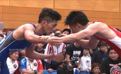 レスリングの大会に出場したジャングルポケット・太田博久の写真1枚目