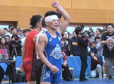 レスリングの大会に出場したジャングルポケット・太田博久の写真3枚目
