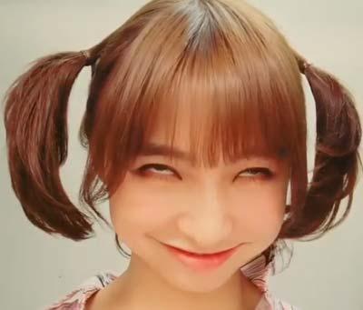 篠田麻里子の変顔、白目であごシャクレ顔