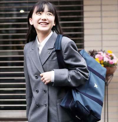 日刊スポーツが撮影した慶應義塾中等部の入学式に出席した芦田愛菜