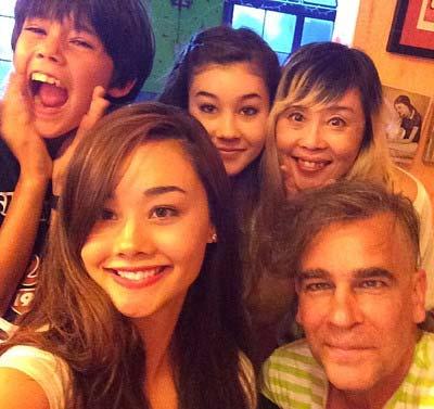 野沢直子と家族の写真