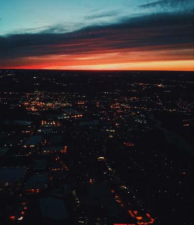 ローラがインスタグラムに投稿した夜景の写真