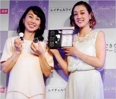 7月3日にイベントに出席した東尾理子&SHELLY
