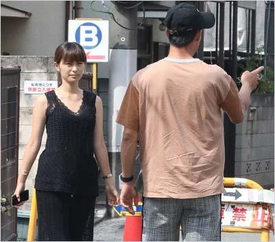 女性自身が撮影した観月あこ&錦織圭選手のツーショット