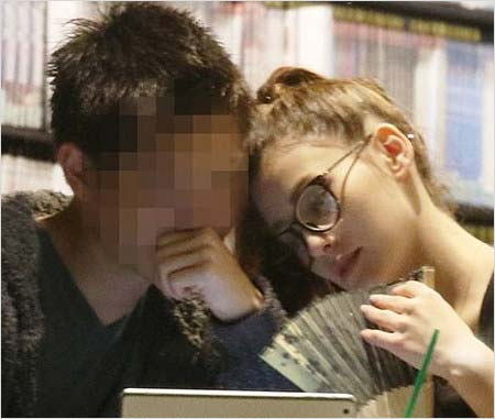 ダレノガレ明美と彼氏が破局の理由、海外赴任のエリート商社マンにフラ ...