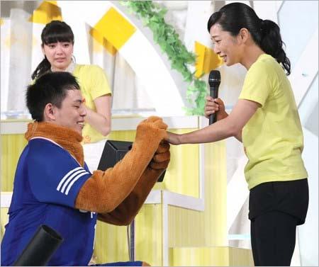 小林公太が片岡安祐美に公開プロポーズ