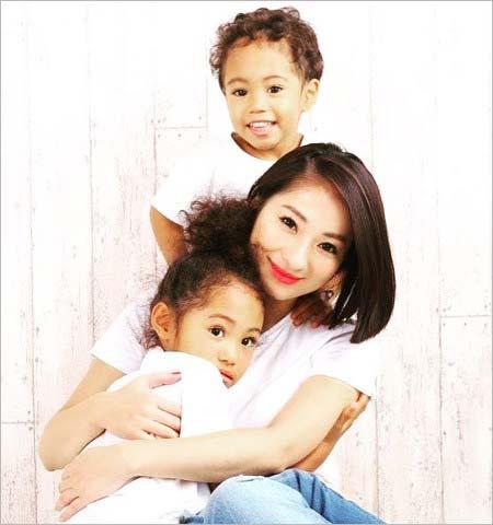 ダンテ・カーヴァーの妻・松本明子と子供