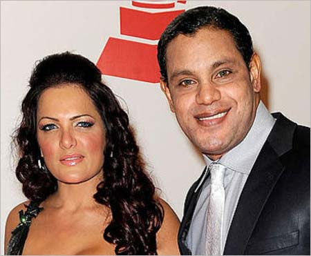 妻のソニア・ロドリゲスとサミー・ソーサのツーショット