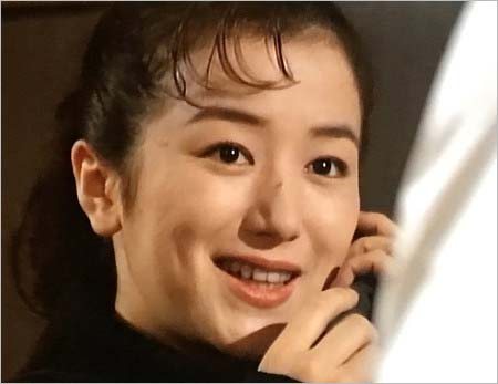 ドラマ『恋人よ』に出演していた頃の鈴木京香