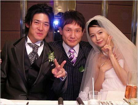 高岡奏輔&宮崎あおいの結婚披露宴ツーショット