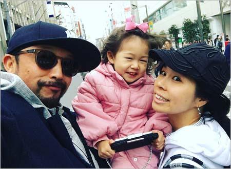 AIと夫、娘の家族プライベート写真