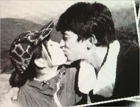 上原多香子(うえはらたかこ)と阿部力(あべつよし)キス画像