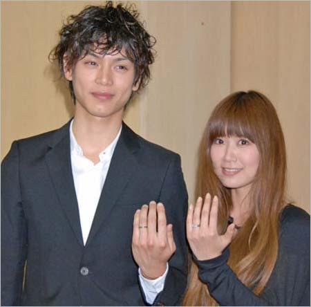 水嶋ヒロと絢香の結婚発表