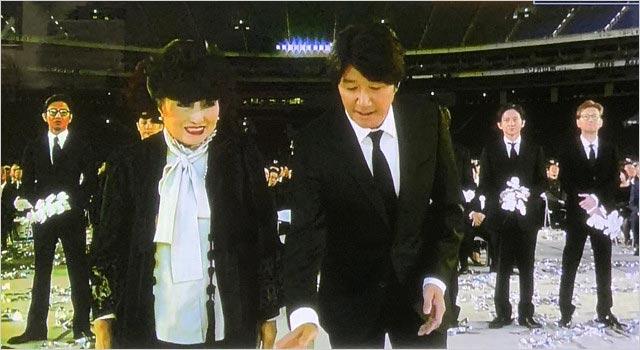 ジャニー喜多川社長のお別れ会・献花時の画像