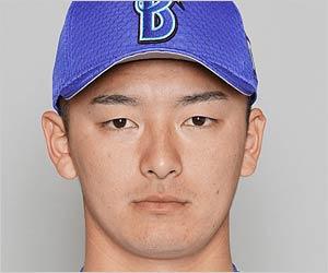 戦力外通告の横浜DeNA綾部翔