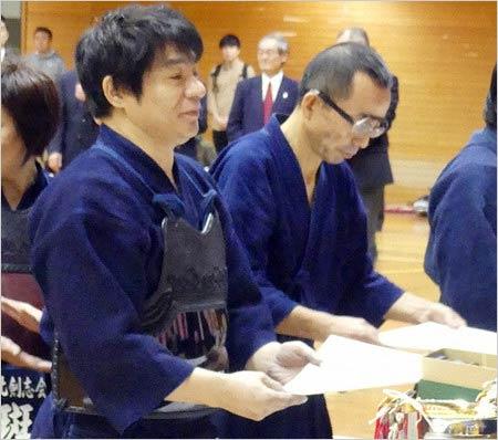 「北区剣道大会」で優勝した元チャゲアスASKA