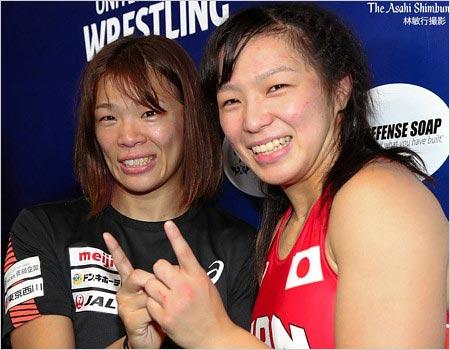 川井梨紗子選手と妹・川井友香子選手