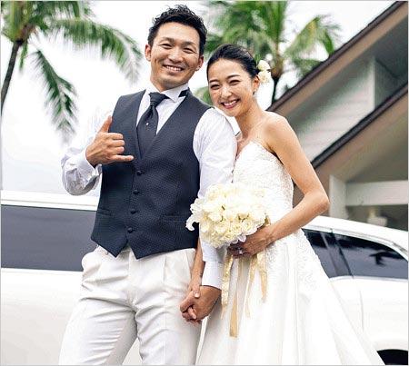 鈴木誠也と畠山愛理のハワイ挙式画像