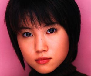 元モー娘。福田明日香がセクシー写真集出版…理由は金欠か。デキ婚も ...