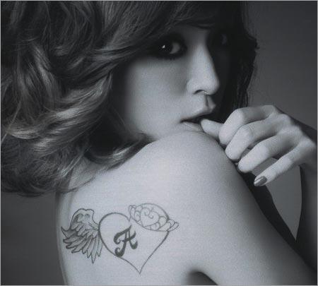 浜崎あゆみのタトゥー、デザイン変更後の画像