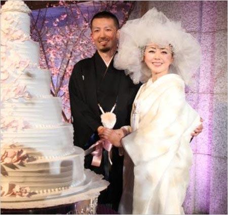 熊谷真実と元旦那の書道家・中澤希水の結婚式画像
