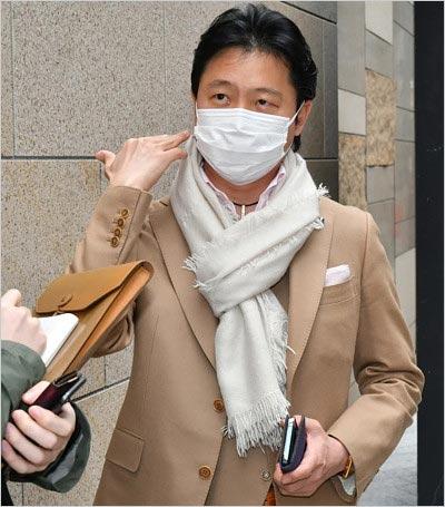 神田うの夫・西村拓郎が脳梗塞発症で女性セブン取材を受けた姿